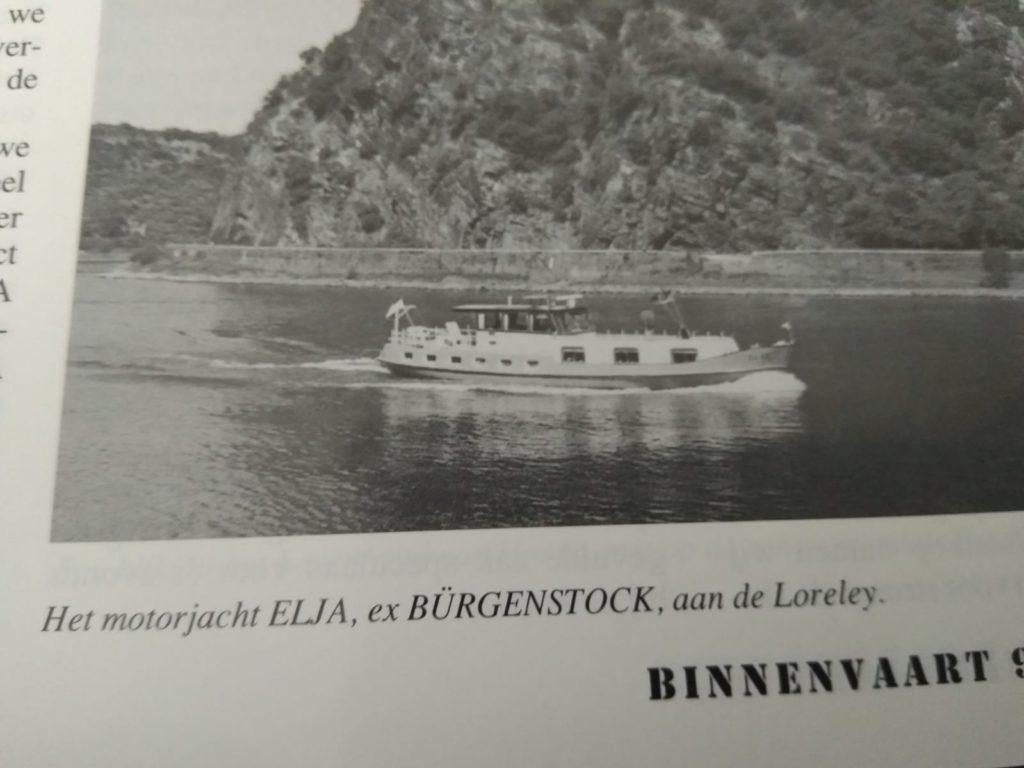 Yacht Elja auf dem Rhein bei der Loreley